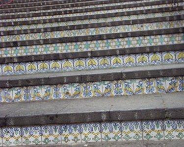 カウタジローネ 階段柄